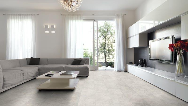Laminat Classen Visiogrande Sichtestrich Weiß Produktbild Wohnzimmer - Urban mit Wohnwand zoom