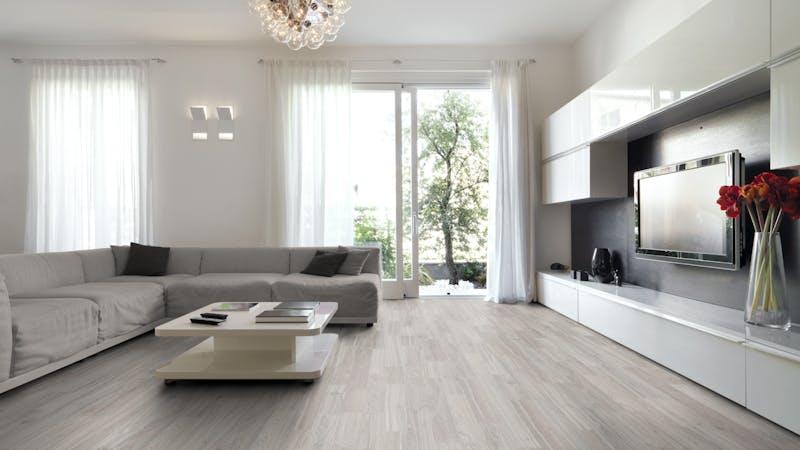 Laminat BoDomo Klassik Maineiche Produktbild Wohnzimmer - Urban mit Wohnwand zoom