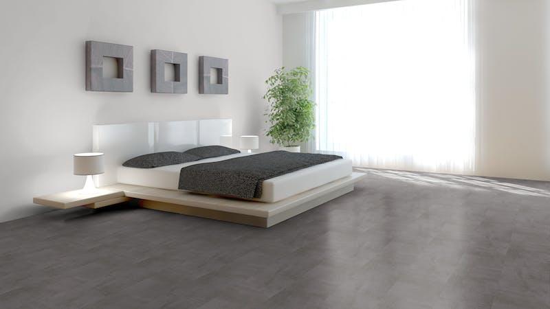Laminat BoDomo Premium Beton Schiefergrau Produktbild Schlafzimmer - Urban zoom