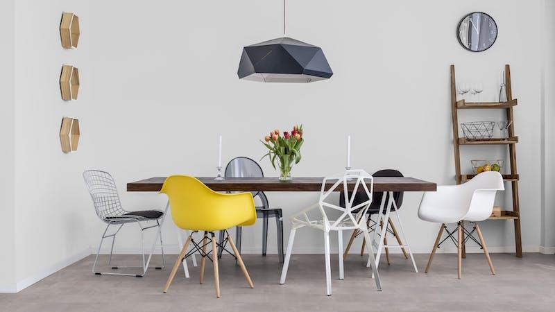 Laminat BoDomo Premium Beton Perlgrau Produktbild Küche & Esszimmer - Modern mit Treppe zoom