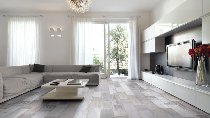 Laminat Kronoflooring MyDream Native Urban Pine Produktbild Wohnzimmer - Urban mit Wohnwand zoom