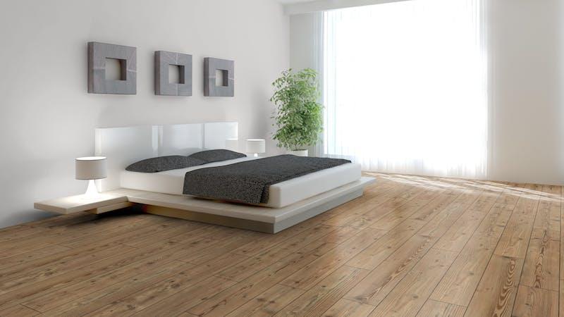 Laminat BoDomo Exquisit Steinkiefer Produktbild Schlafzimmer - Urban zoom
