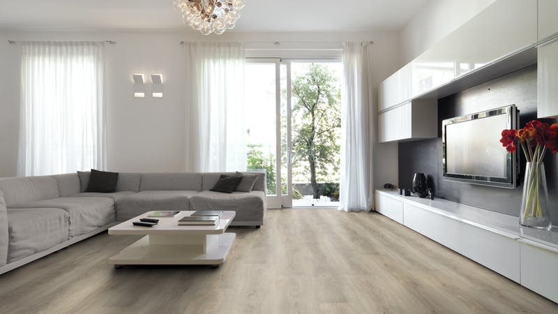 Klick-Vinyl BoDomo Premium Aumera Oak Native Produktbild Wohnzimmer - Urban mit Wohnwand zoom