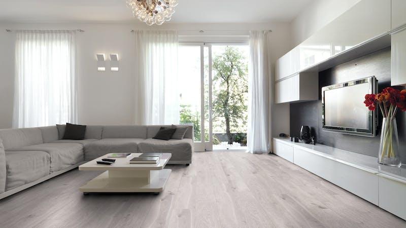 Laminat Kronoflooring O.R.C.A. Southern Pine Produktbild Wohnzimmer - Urban mit Wohnwand zoom