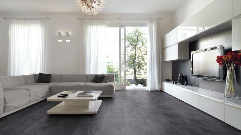 Laminat Kronoflooring O.R.C.A. Yukon Slate Produktbild Wohnzimmer - Urban mit Wohnwand zoom