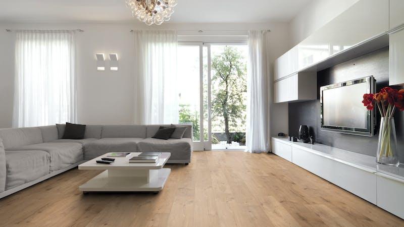 Laminat BoDomo Klassik Peau Oak Summer Produktbild Wohnzimmer - Urban mit Wohnwand zoom